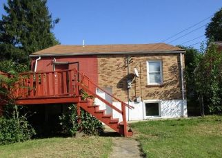 Foreclosed Home in Saint Louis 63130 PLYMOUTH AVE - Property ID: 4300990654