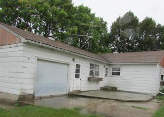 Foreclosed Home in Hutchinson 55350 ADAMS ST SE - Property ID: 4301182486