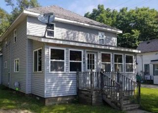 Foreclosed Home in Saint Louis 48880 E PROSPECT ST - Property ID: 4301299869