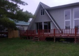Foreclosed Home in Farwell 48622 W HUCKLEBERRY TRL - Property ID: 4301330967