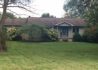 Foreclosed Home in Grass Lake 49240 MAUTE RD - Property ID: 4301400144