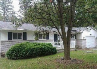 Foreclosed Home in Lansing 48906 CUMBERLAND RD - Property ID: 4301422491