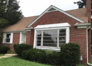 Foreclosed Home in Detroit 48224 CHANDLER PARK DR - Property ID: 4301429947
