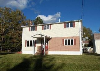 Foreclosed Home in Ashland 04732 CRAIG RD - Property ID: 4301529804