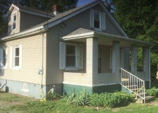 Foreclosed Home in Elizabethtown 42701 MASTERS ST - Property ID: 4301566587