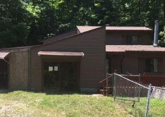 Foreclosed Home in Frenchburg 40322 BOB FIELDS TRL - Property ID: 4301594168
