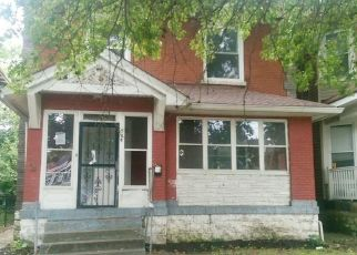 Foreclosed Home in Louisville 40211 W BROADWAY - Property ID: 4301595941