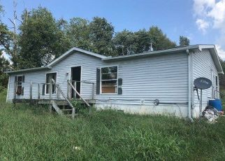 Foreclosed Home in Tompkinsville 42167 VALLEY VIEW RD - Property ID: 4301645417