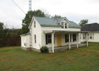 Foreclosed Home in Bloomfield 40008 SPRINGFIELD RD - Property ID: 4301653748