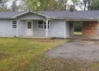 Foreclosed Home in Russell Springs 42642 BERNARD LOOP - Property ID: 4301664695