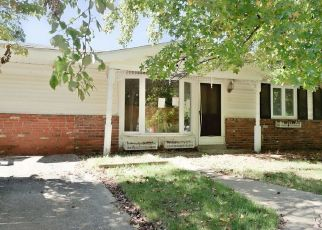 Foreclosed Home in Harrisburg 62946 CONCORD DR - Property ID: 4301698865