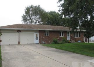 Foreclosed Home in Carroll 51401 S WALNUT ST - Property ID: 4301788640