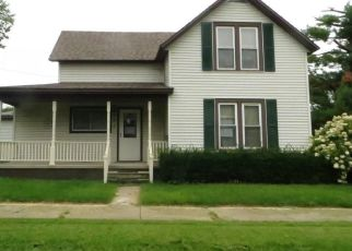 Foreclosed Home in Marshalltown 50158 S 5TH ST - Property ID: 4301790388
