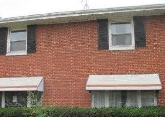 Foreclosed Home in Gary 46404 W 5TH AVE - Property ID: 4301904260