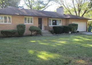 Foreclosed Home in Merrillville 46410 W 55TH AVE - Property ID: 4301917402