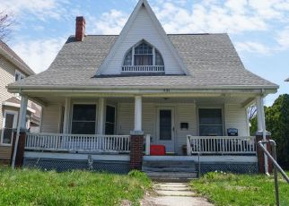 Foreclosed Home in Quincy 62301 N 9TH ST - Property ID: 4301992290