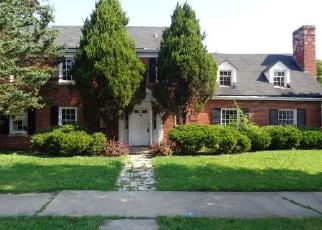Foreclosed Home in Harvey 60426 E 151ST ST - Property ID: 4302010697