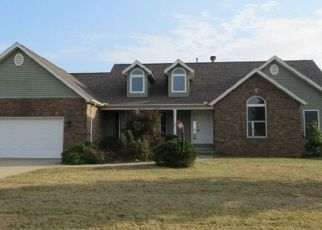 Foreclosed Home in Mansfield 61854 E NEWTON ST - Property ID: 4302012441