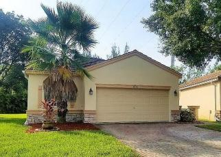 Foreclosed Home in Lake Worth 33449 OLDE CLYDESDALE CIR - Property ID: 4302259910