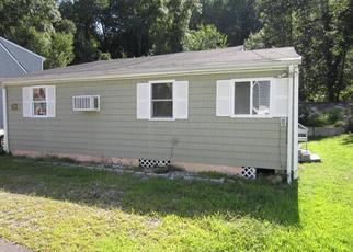 Foreclosed Home in Shelton 06484 INDIAN WELL RD - Property ID: 4302431133