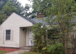 Foreclosed Home in Wethersfield 06109 MAPLESIDE DR - Property ID: 4302440338