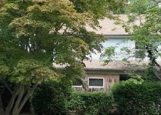 Foreclosed Home in Trumbull 06611 OLD CHURCH HILL RD - Property ID: 4302445600