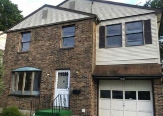 Foreclosed Home in Hartford 06114 TREDEAU ST - Property ID: 4302498597