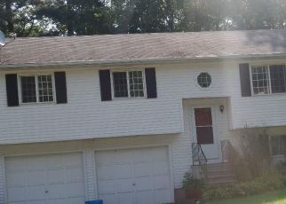 Foreclosed Home in Torrington 06790 WHITE PINE RD - Property ID: 4302529243