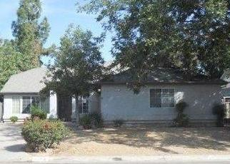Foreclosed Home in Fresno 93722 W SUSSEX WAY - Property ID: 4302732925
