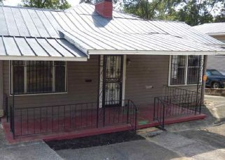 Foreclosed Home in Fairfield 35064 62ND ST - Property ID: 4303218629