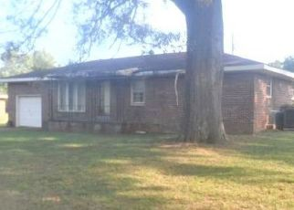 Foreclosed Home in Muscle Shoals 35661 LARNARD ST - Property ID: 4303259351