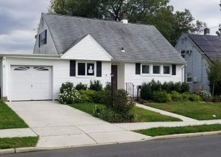 Foreclosed Home in Trenton 08690 ITHACA CT - Property ID: 4303424471