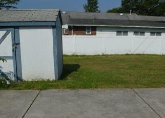 Foreclosed Home in Paulsboro 08066 NASSAU AVE - Property ID: 4303509436