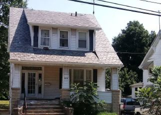 Foreclosed Home in Baltimore 21214 BAYONNE AVE - Property ID: 4303511181