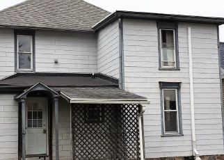 Foreclosed Home in Marysville 17053 VALLEY ST - Property ID: 4303574700