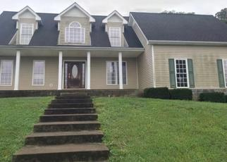 Foreclosed Home in Cunningham 37052 FREEMAN RD - Property ID: 4303649592