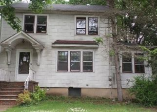 Foreclosed Home in Englewood 07631 WINDSOR RD - Property ID: 4303695131