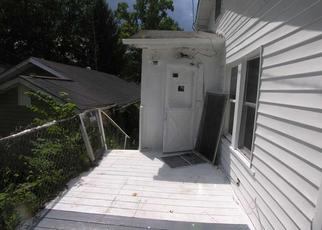 Foreclosed Home in Huntington 25701 UNDERWOOD AVE - Property ID: 4303701263