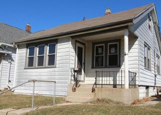 Foreclosed Home in Milwaukee 53219 W LINCOLN AVE - Property ID: 4303710469