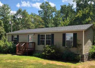 Foreclosed Home in Howardsville 24562 GLENMORE RD - Property ID: 4303747698
