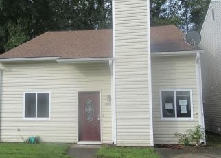 Foreclosed Home in Portsmouth 23703 GEORGIA CT - Property ID: 4303776605