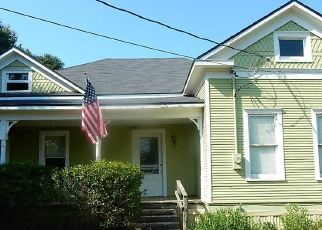 Foreclosed Home in Bellville 77418 E 3RD ST - Property ID: 4303791942