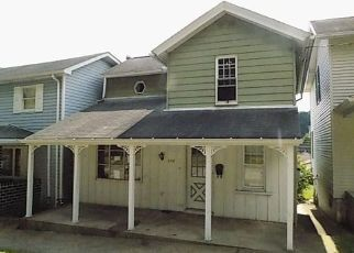 Foreclosed Home in Leechburg 15656 GRANT AVE - Property ID: 4303889148