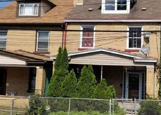 Foreclosed Home in Pittsburgh 15227 MERRITT AVE - Property ID: 4303920249