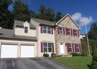 Foreclosed Home in York 17407 FARMINGTON DR - Property ID: 4303931648