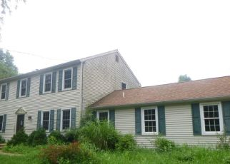 Foreclosed Home in Doylestown 18902 BUCKINGHAM DR - Property ID: 4303947408
