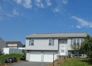 Foreclosed Home in Red Lion 17356 KORMIT DR - Property ID: 4303953543