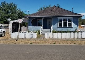 Foreclosed Home in Coquille 97423 W 5TH ST - Property ID: 4303991201