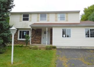Foreclosed Home in Clayton 45315 BURKWOOD DR - Property ID: 4304038958