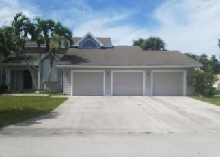 Foreclosed Home in Fort Pierce 34949 QUEENS RD - Property ID: 4304395456